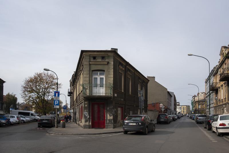 191019-204